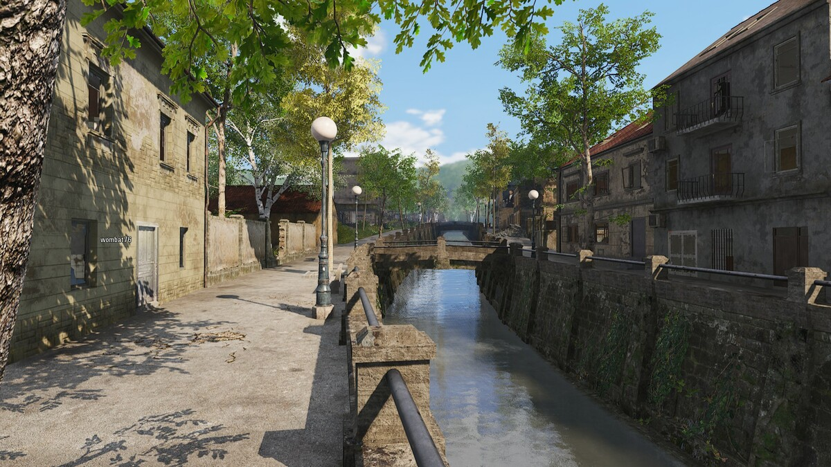 Kanal in der Stadt