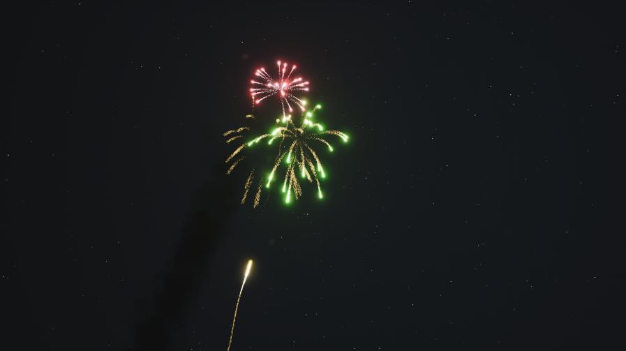 Kleines Feuerwerk am Abend